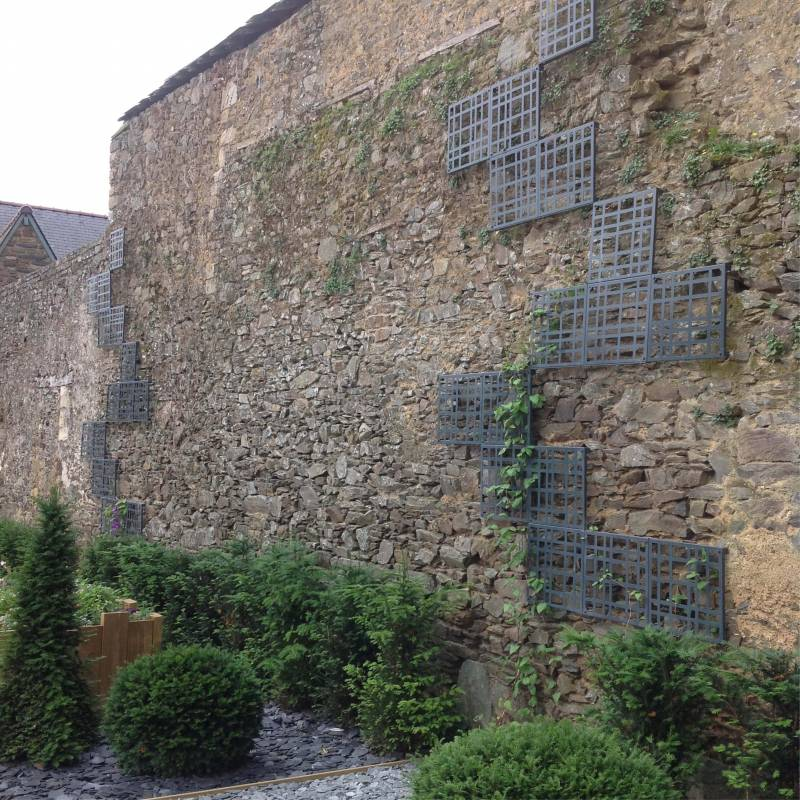 treillage-jardin-c-natura-acier-Les-Serruriers-du-Paysage