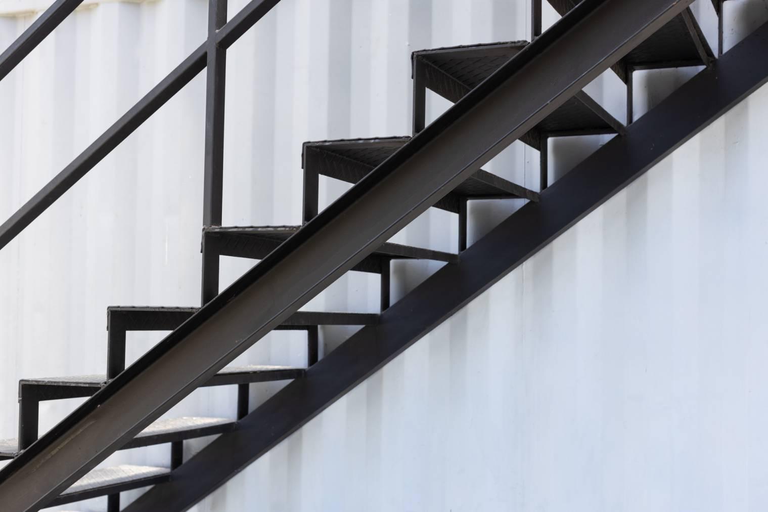 Fabriquer un escalier extérieur en métal