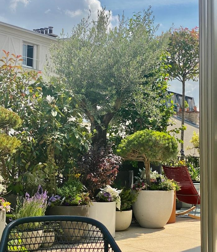 Aménagement paysager balcon par Terrasse et Jardin de Paris